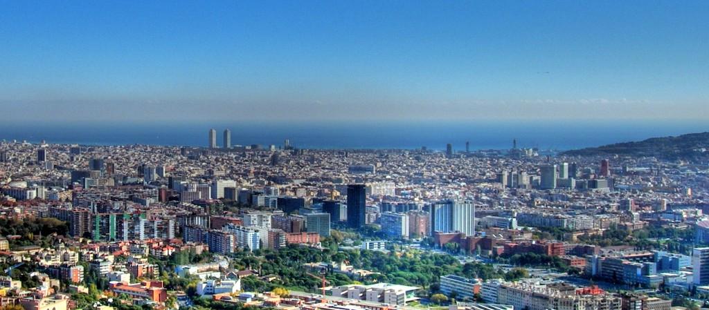 Barcelona,_panorámica,_HDR